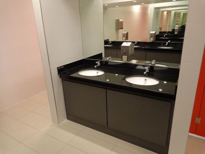 Bathroom Double Vanity Point in Black Marble