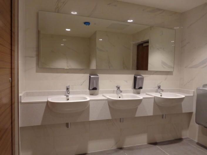 Marble Bathroom Triple Vanity Point